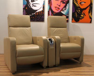 heimkino vortragsraum zubeh r. Black Bedroom Furniture Sets. Home Design Ideas